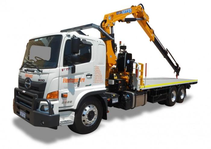 12T Crane 1GKF921